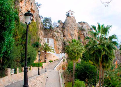 Routes and tours around Guadalest