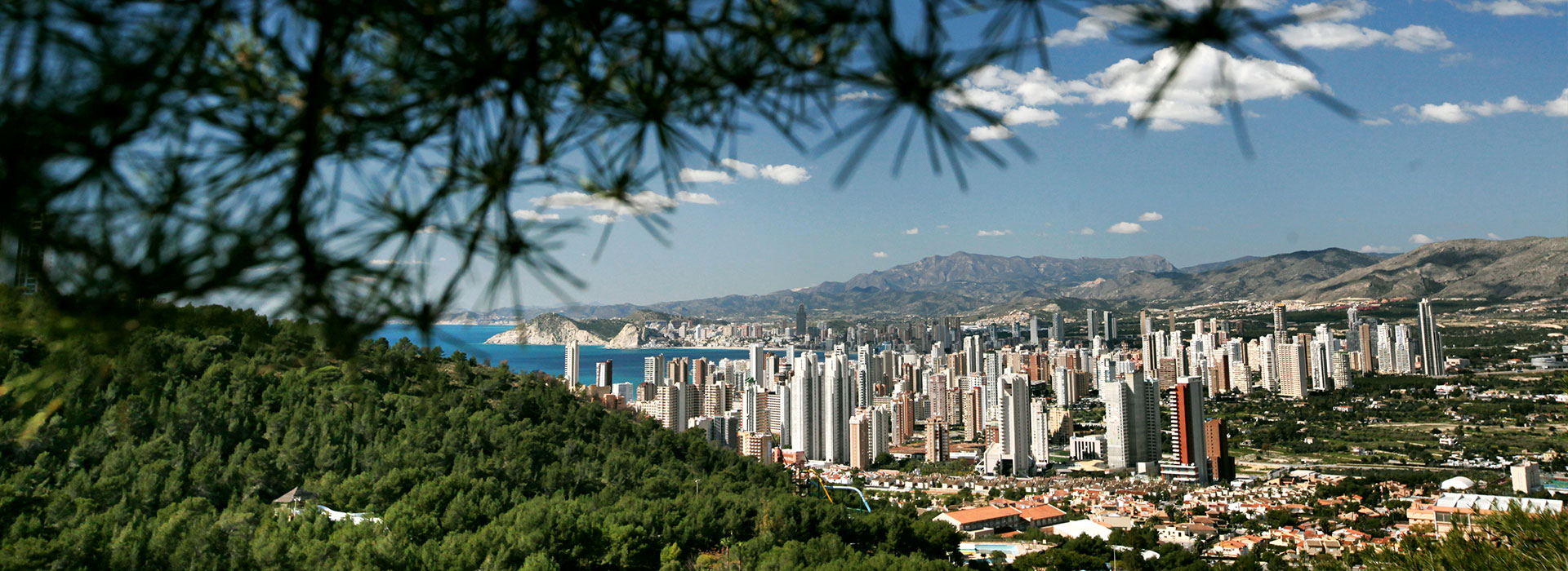 Discover Benidorm on a route through its skyscrapers